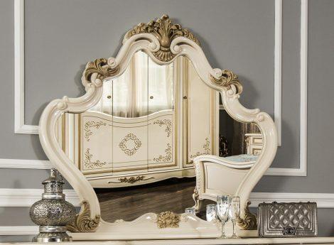 Классические зеркала для спальни
