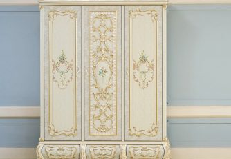 Шкаф Versailles 3-х дв.