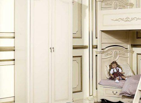 Белые шкафы для детской