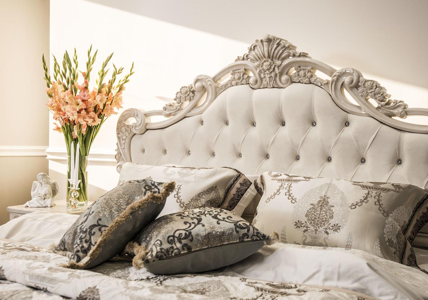 Кровать Патрисия корень ясеня глянец