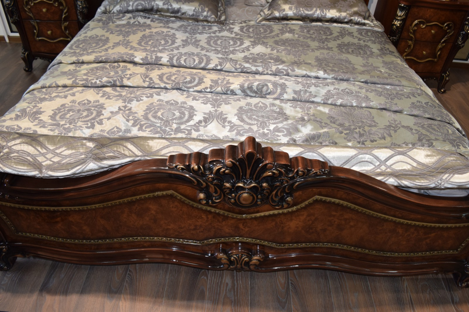 Кровать Джоконда корень дуба