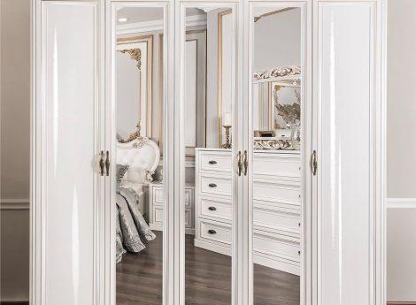 Белые шкафы для спальни